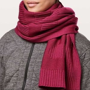 Stamped with love lululemon scarf violet red new